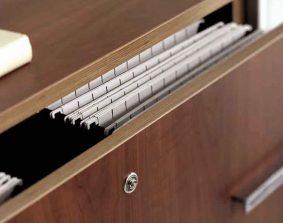 Mesa direccional AT, detalle armario